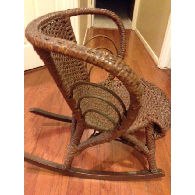 Mfg Vintage Child's Rocking Chair - Rush Weaving - Excellent Condition For Sale - Image 4 of 11
