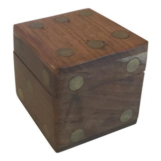 Vintage Wood and Brass Dice Box With Dice For Sale