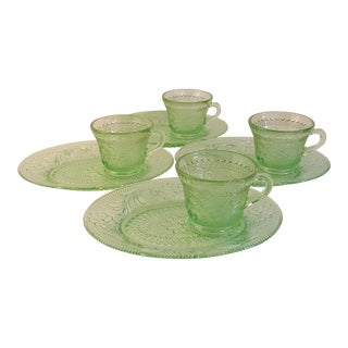 Indiana Glass Sandwich Green Luncheon Plates & Cups - Set of 4 For Sale