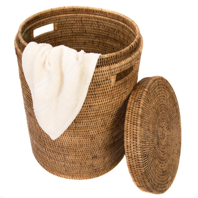 Artifacts Rattan Round Hamper with Cotton Liner For Sale - Image 4 of 4