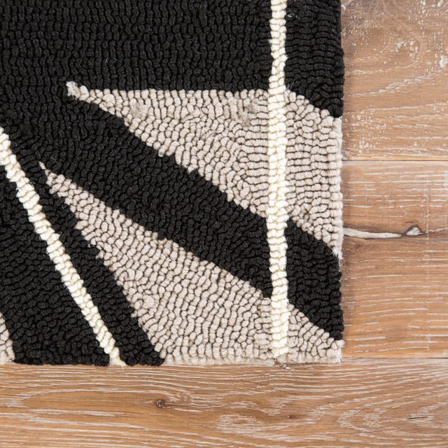 Contemporary Jaipur Living Haige Indoor/ Outdoor Geometric Black/ Gray Area Rug - 2′ × 3′ For Sale - Image 3 of 6
