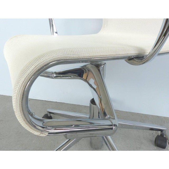 Rolling Frame Swivel Chair with Armrests by Alberto Meda for Alias, Italy For Sale - Image 5 of 10