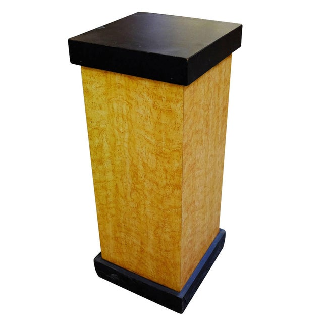 1930s Art Deco Bird's-Eye Maple Pedestal With Black Top For Sale - Image 5 of 5