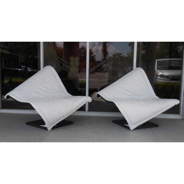 Flying Carpet White Leather Chairs by Simon Desanta for Rosenthal For Sale - Image 9 of 9