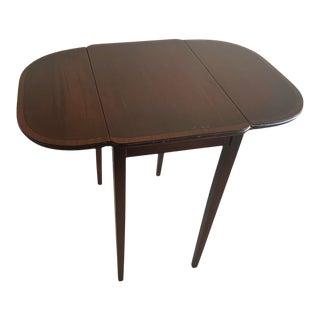 Antique Banded Mahogany Pembroke Drop Leaf Table For Sale