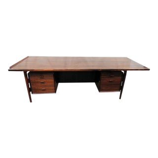 Large Mid-Century Modern Rosewood Desk For Sale