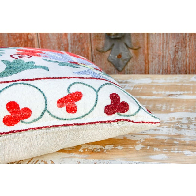 Iris Coral Floral Suzani Pillow For Sale In Los Angeles - Image 6 of 9