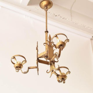 Mid 20th Century Tall Gold Chandelier With Fleur De Lis Preview