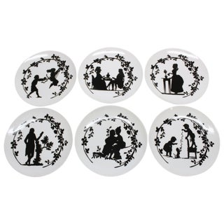 "Set of Six French Porcelain ""Assiettes Pompadour"" Dessert Plates by La Chaise Lo For Sale"