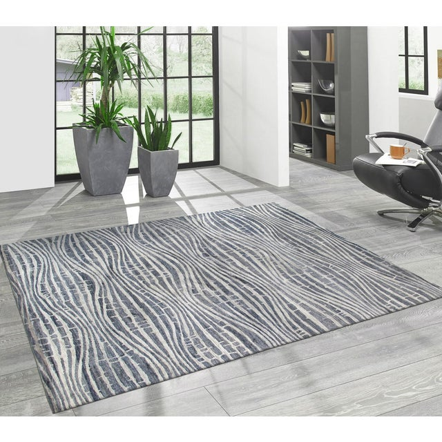 "Modern Bamboo Silk Area Rug - 9'x 11'8"" - Image 4 of 5"