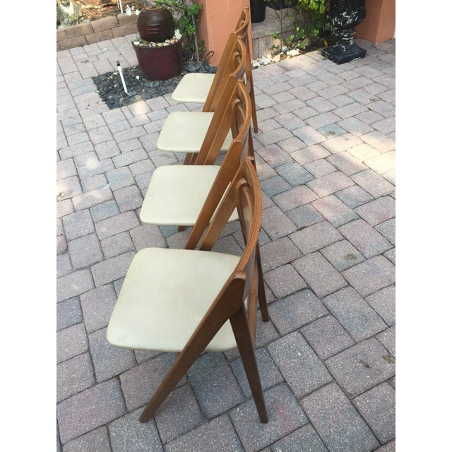 Stakmore Company Mid -Century Modern Stakmore Folding Bentwood Table & Chairs- Set of 5 For Sale - Image 4 of 13