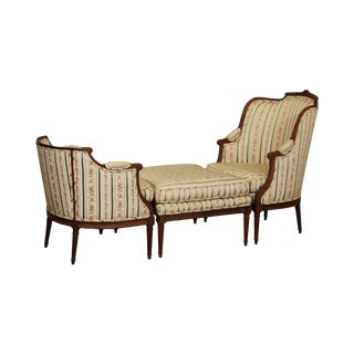 "French Louis XVI Style ""Dutchesse Brisée"" Antique Bergere Chaise Lounge For Sale"