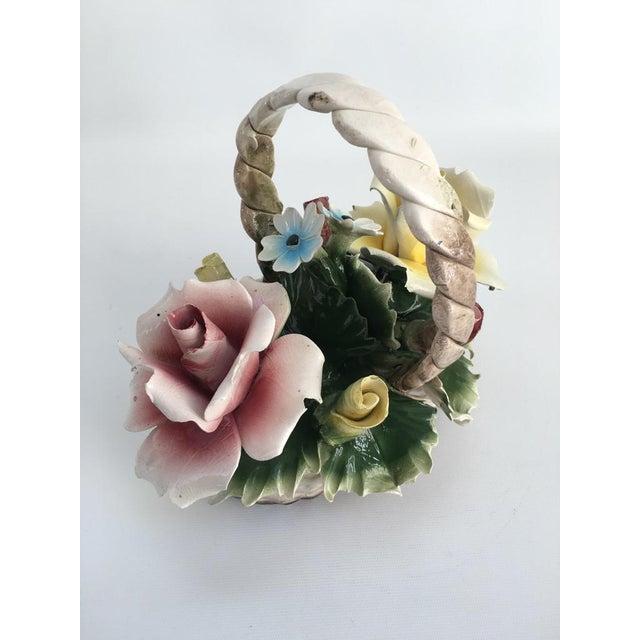 Capodimonte Vintage Italian Crown Capodimonte Porcelain Floral Arrangement For Sale - Image 4 of 11