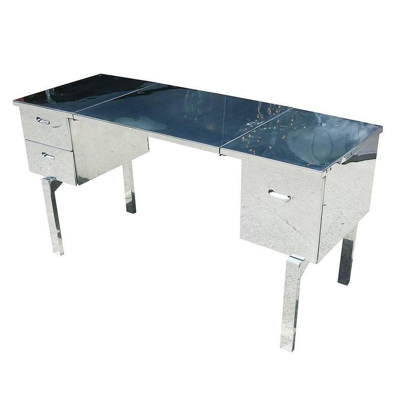 Polished Aluminium WWII Campaign Desk For Sale   Image 4 Of 10