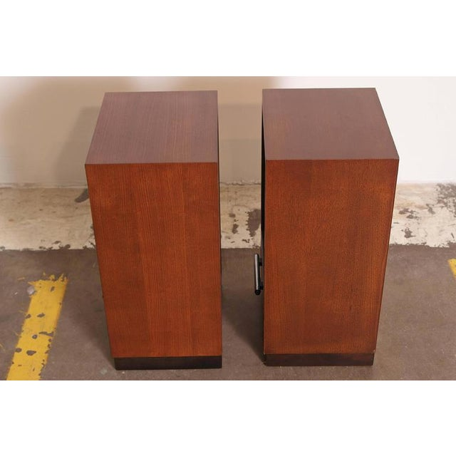 1930s Pair of 1933 Gilbert Rohde Herman Miller Art Deco World's Fair Nightstands Matched For Sale - Image 5 of 11