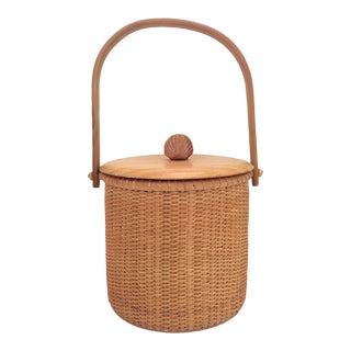 1990s Boho Chic Nantucket Style Basket With Insert For Sale