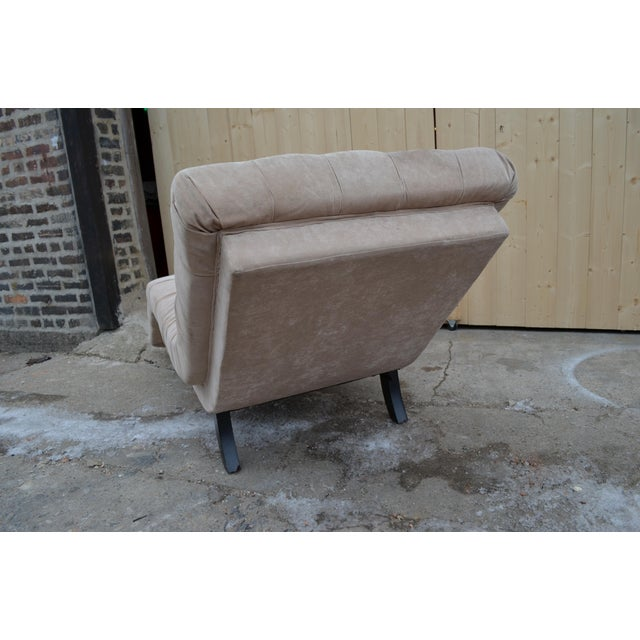 Wood Contemporary Ivory Tufted Chaise Lounge Chair For Sale - Image 7 of 10