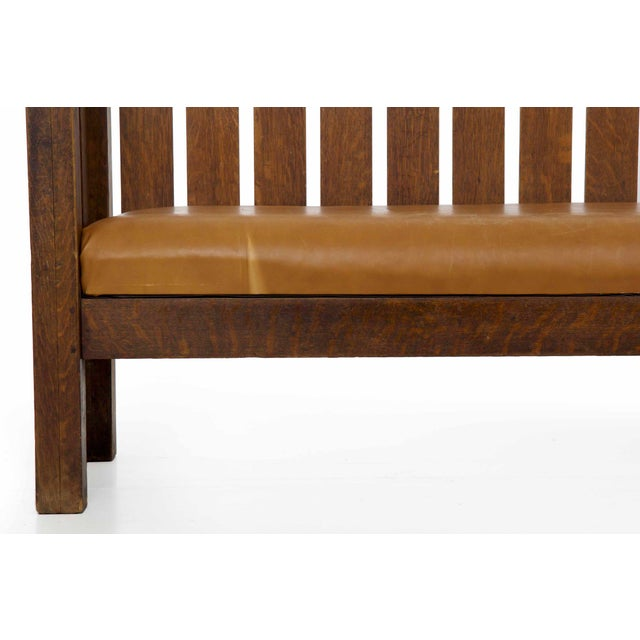 Animal Skin Arts & Crafts Mission Oak and Leather Hall Settle Settee Sofa, Early 20th Century For Sale - Image 7 of 13