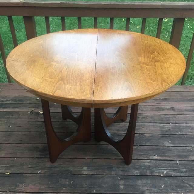 Broyhill Brasilia Dining Table with One Leaf For Sale In Cincinnati - Image 6 of 11