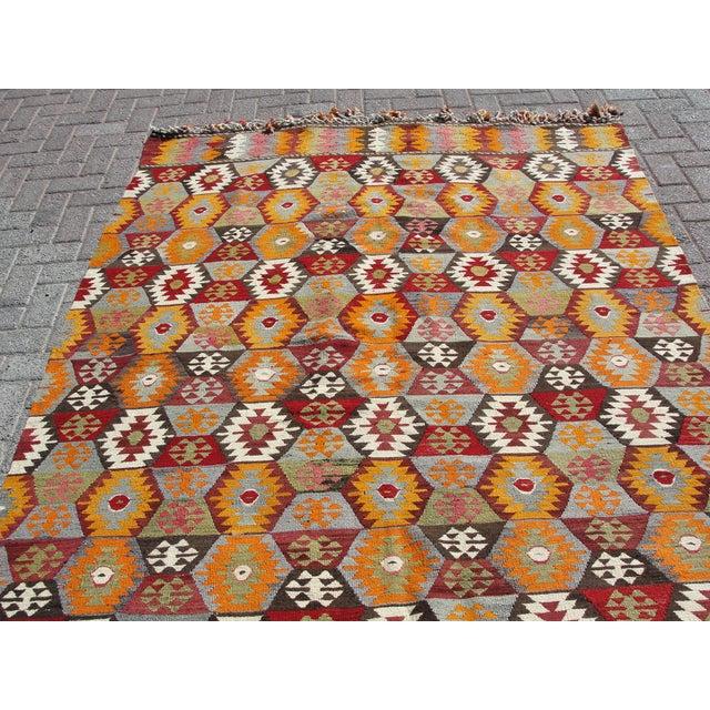 "Cotton Vintage Turkish Kilim Rug - 5'8"" x 11' For Sale - Image 7 of 11"