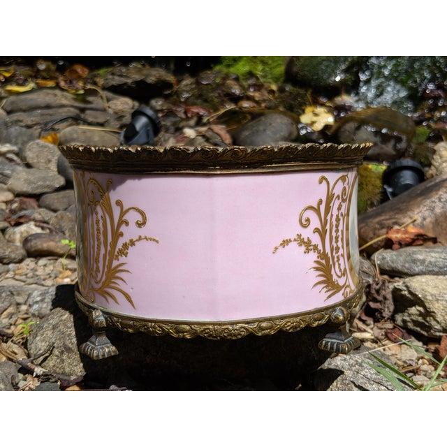 1800s Sevres-Style Rose Pompadour Porcelain Gilded Bronze Trim Oval Cachepot For Sale - Image 4 of 13