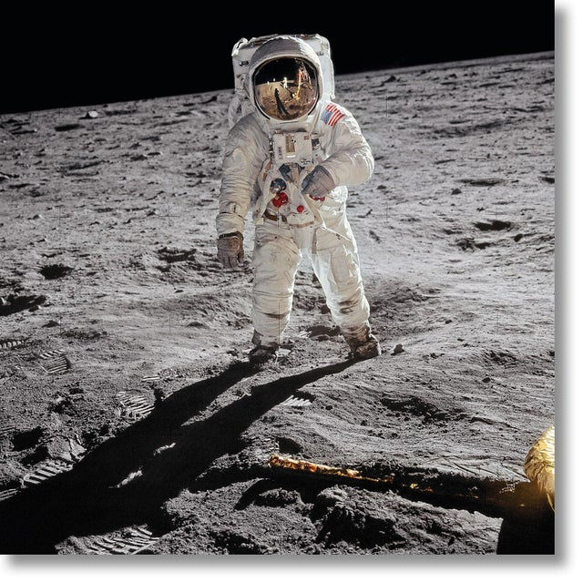 Metal Buzz Aldrin. Apollo 11. 'A Man on the Moon' Exclusive Art Print by TASCHEN Books, Autographed by Buzz Aldrin For Sale - Image 7 of 7