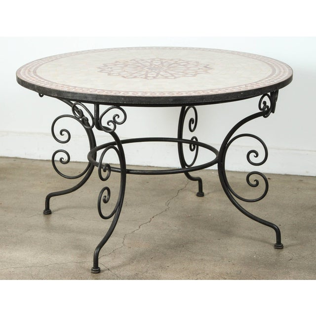 Superior Moroccan Outdoor Round Mosaic Tile Dining Table On Iron - Moroccan outdoor coffee table