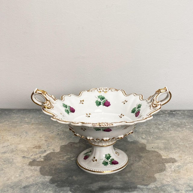 White 19th Century English Porcelain Footed Bowl For Sale - Image 8 of 8