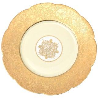 12 Elegant Presentation Plates, Antique With Center Medallion For Sale