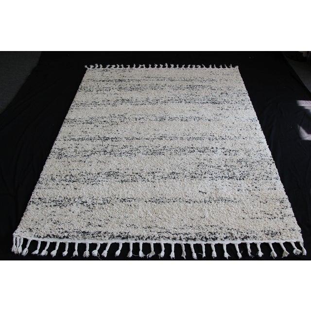 Distressed Ivory Shag Rug - 8' x 11' - Image 6 of 7
