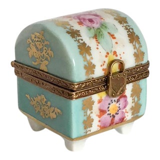 Limoge Flower Dome Ring Box