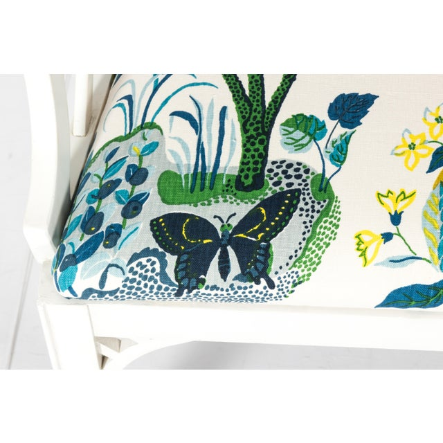 1970s White Chinoiserie Pagoda Motif Newly Upholstered Settee For Sale - Image 5 of 11