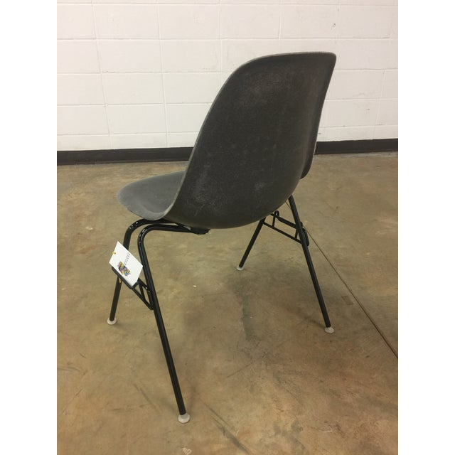 Eames Elephant Gray Shell Chair - Image 5 of 8