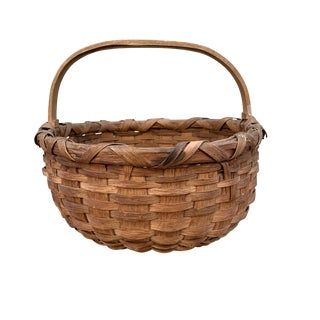 19th Century American Oak Splint Gathering Basket For Sale