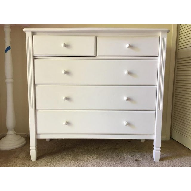 From Pottery Barn Kids, this pretty dresser is ideal for a boys room or a girls room. Bright white and stylish, it will...