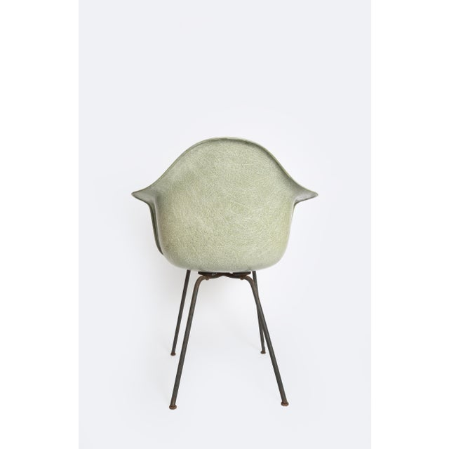 1950 1st Generation Eames Dax Shell Chair For Sale In Sacramento - Image 6 of 12