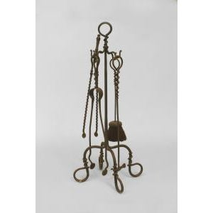 Americana American Mission style (early 20th Cent) wrought iron set of 4 fire tools For Sale - Image 3 of 3