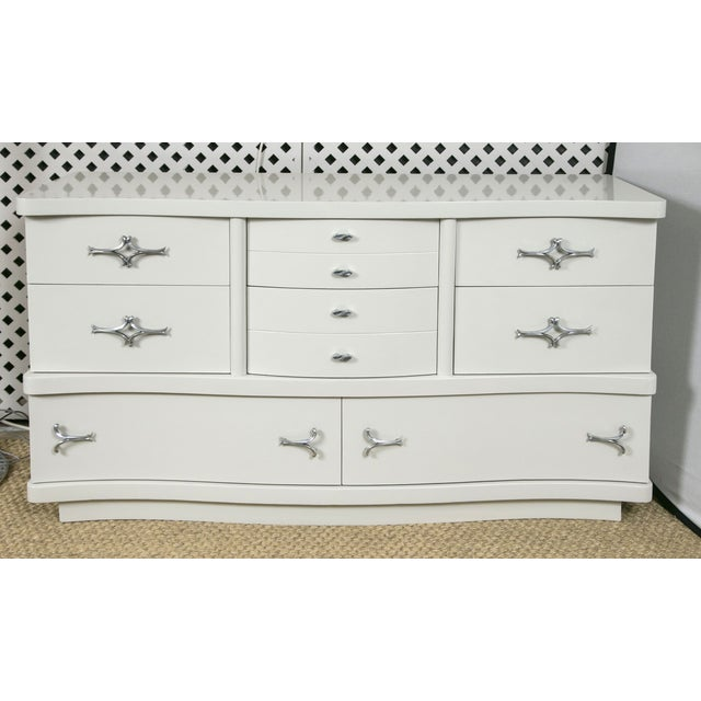 Grey Lacquer Mid-Century Hollywood Dresser - Image 2 of 8
