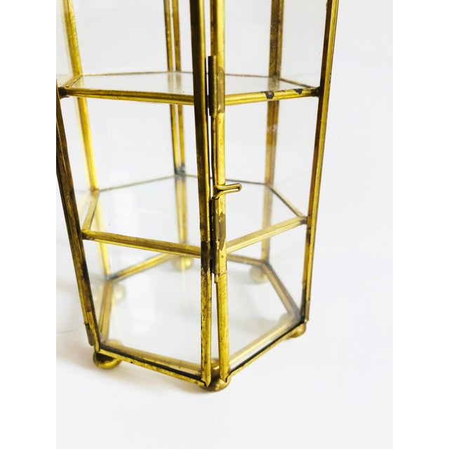 Late 20th Century Vintage Brass and Glass Hexagonal Jewelry Display Box For Sale - Image 5