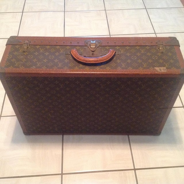Mid 20th Century Mid-20th Century Louis Vuitton Hard Case Bisten Luggage For Sale - Image 5 of 12