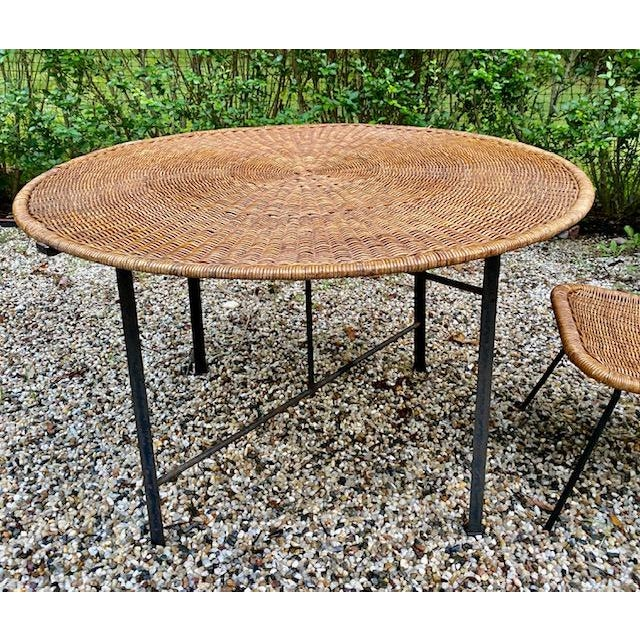 Arthur Umanoff Round Table Rattan Top Metal Base For Sale In New York - Image 6 of 6