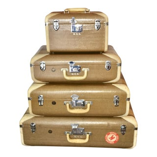 Vintage Wilt Luggage With Ocean Liner Stickers - Set of 4 For Sale