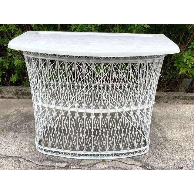 Russell Woodard Woven Fiberglass Bar and Two Stools For Sale In West Palm - Image 6 of 12