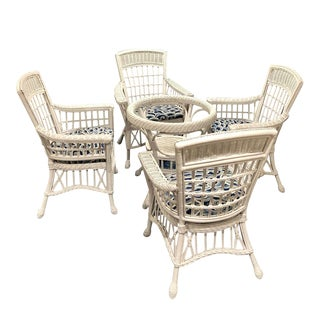 1970s Vintage East Coast Style White and Blue Wicker Rattan Palm Beach Bar Harbor Dining Set- 5 Pieces For Sale