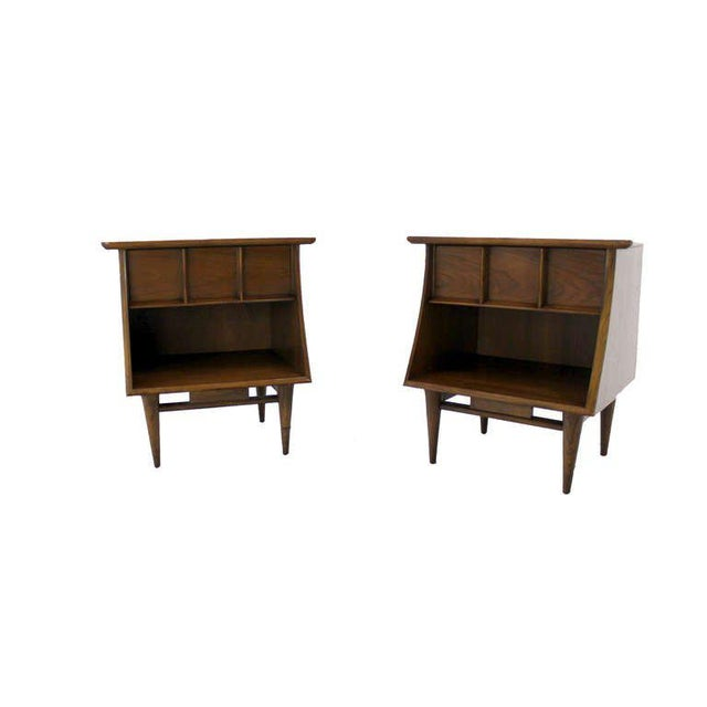 Kent Coffey Pair of Danish Mid-Century Modern Walnut End Tables For Sale - Image 4 of 5