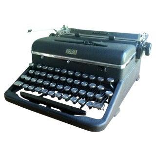 Royal Manual Typewriter