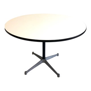 1960s Mid-Century Modern Charles & Ray Eames for Herman Miller Dining Table For Sale