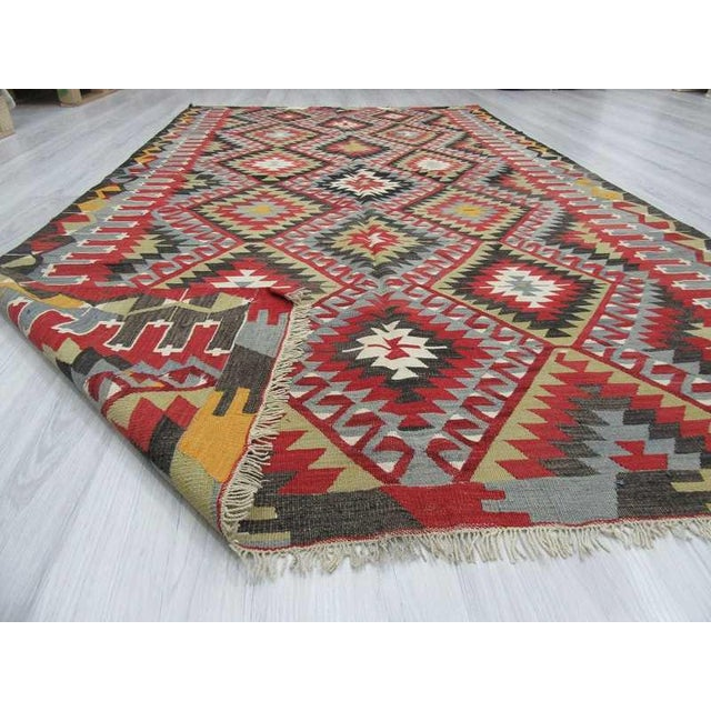 Vintage Turkish Kilim Hand Woven Rug - 5′2″ × 9′3″ For Sale In Los Angeles - Image 6 of 6