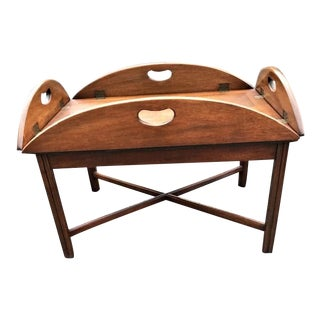 Traditional Mahogany English Style Butlers Coffee Table With Removable Tray For Sale