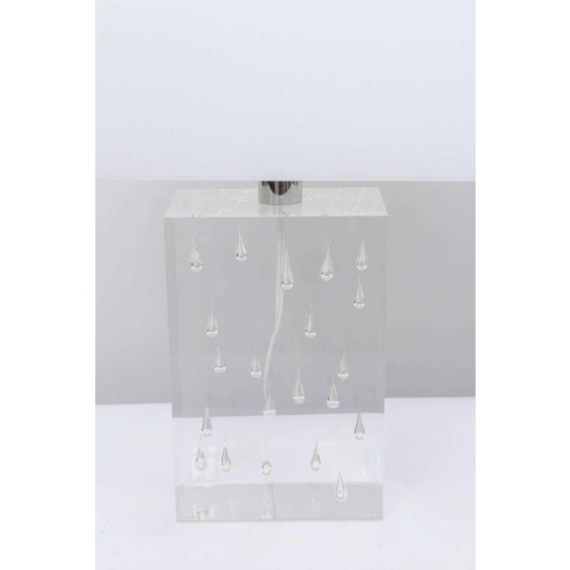 Pair of Rare Thick and Lucite Block with Raindrop Lamps For Sale In Miami - Image 6 of 11